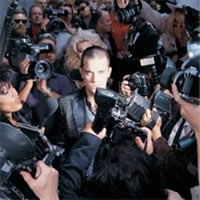 robbie-williams-Life-thru-a-Lens